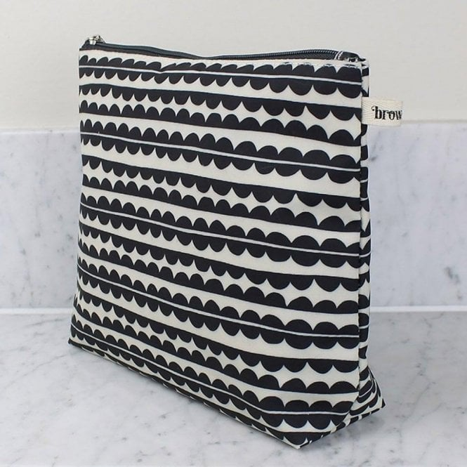 brownstone London Tall Wash Bag