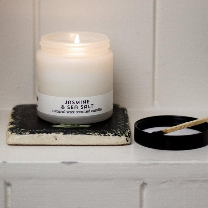 brownstone London Travel Candle