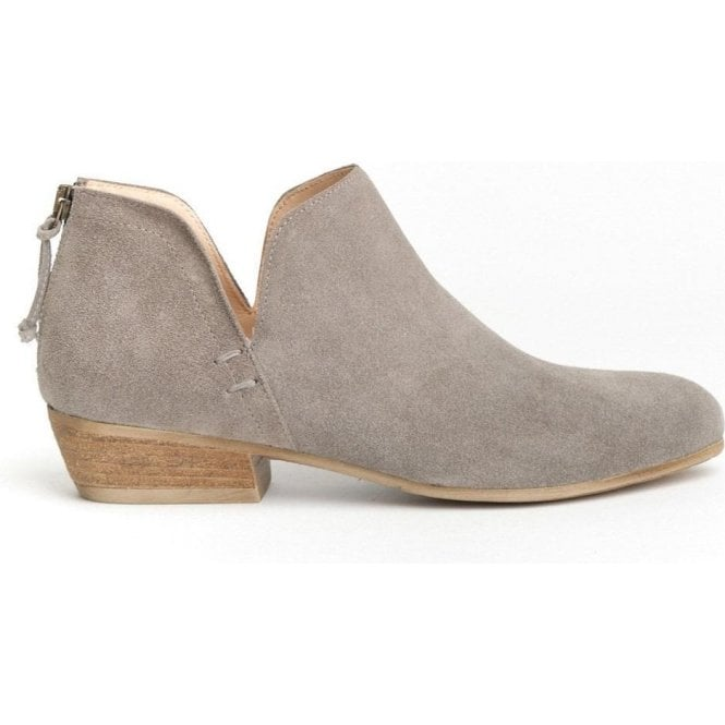 Cara Baset Ankle Boot