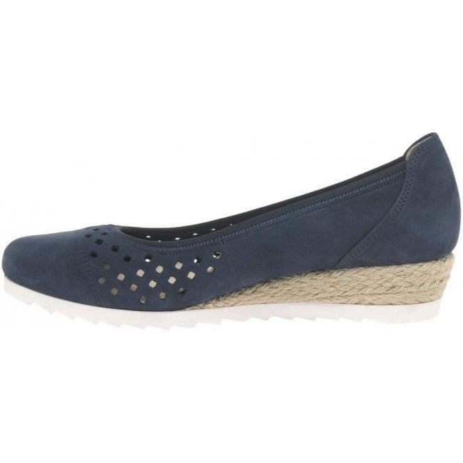 Gabor Evelyn Ladies Low Wedge Heel Shoes