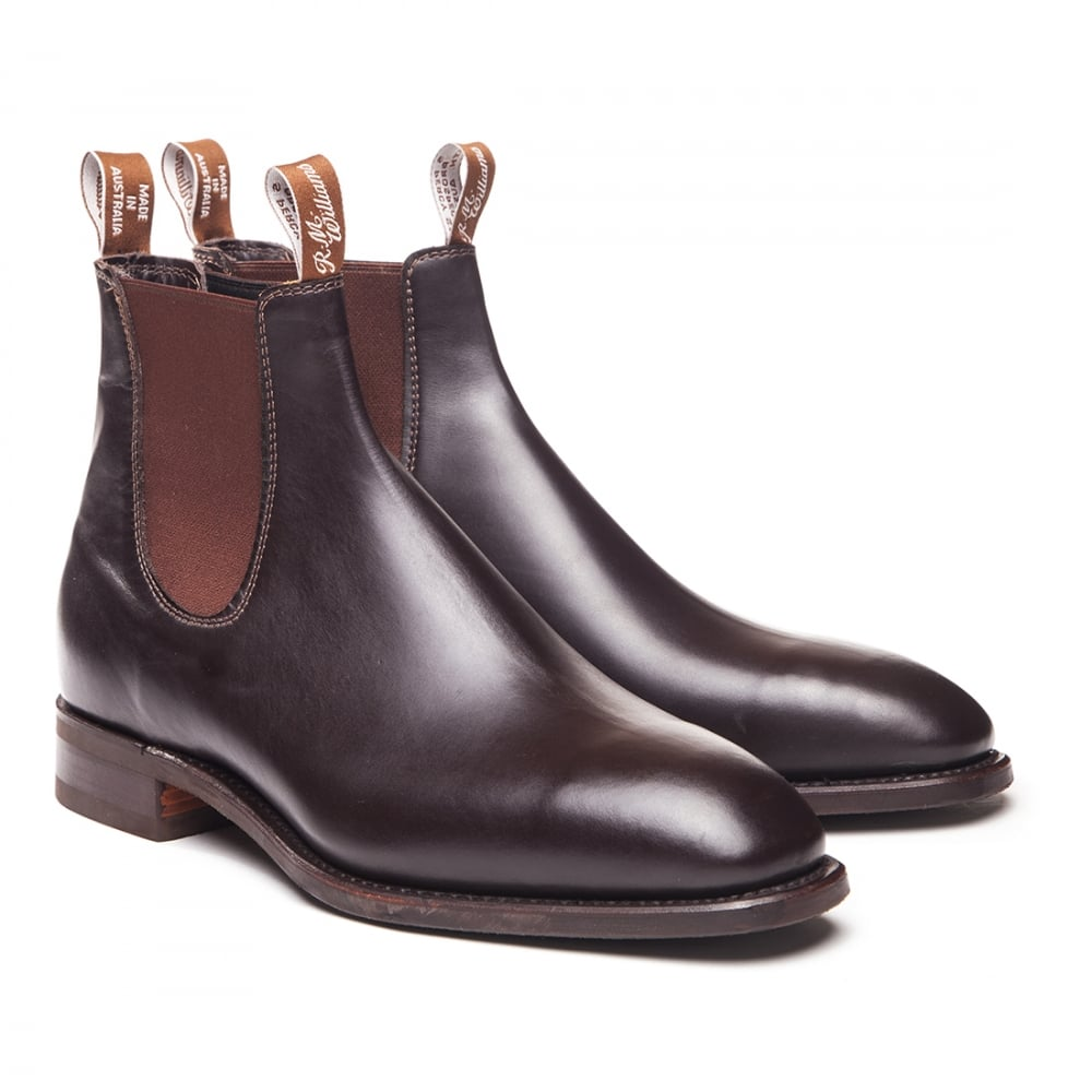 Get men's shoes, dress shoes, boat shoes, boots, sandals, slippers and more in affordable styles from top quality brands at Men's Wearhouse.